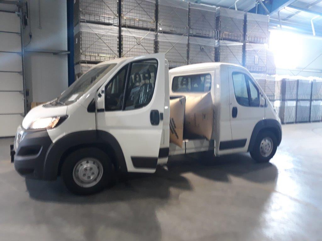 Доставка машин Пежо в разобранном виде из Италии в Узбекистан