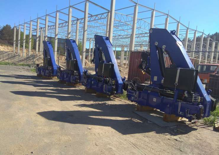 Доставка кран-манипуляторов из Италии в Узбекистан