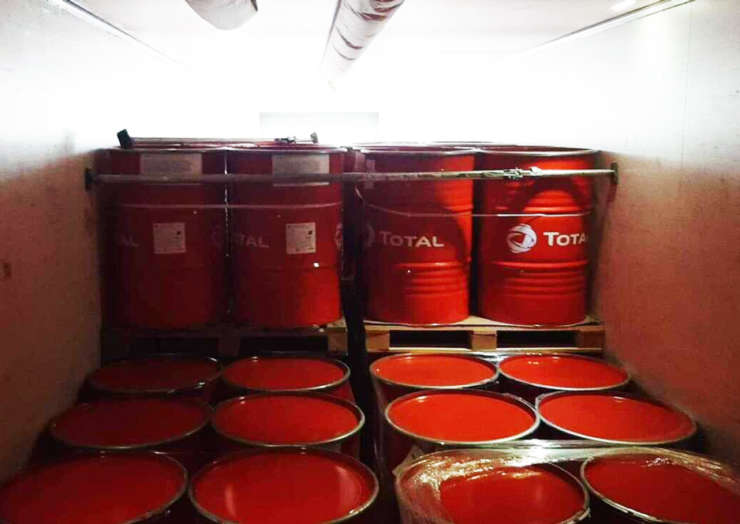 Перевозка моторных масел Total из Франции в Петропавловск